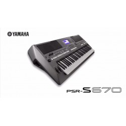YAMAHA PSR S670 WORKSTATION